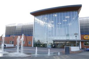 Il centro commerciale sviluppato da Multi intorno allo stadio del Giglio a Reggio Emilia è stato il primo caso di riqualificazione