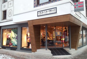 napapijri-new-store-in-austria-1385652722-0