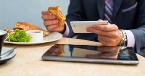 tecnologia cibo pasto smartphone