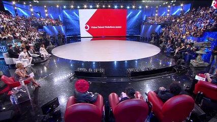 Un frame del talent show Amici