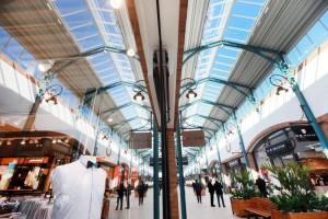 Fashion Outlet Halle Leipzig: lo stile dell'internorimanda alla gallerie commerciali cittadine del secolo scorso