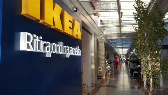Auchan Collatina Un Centro Commerciale Periferico Ma Di Vicinato
