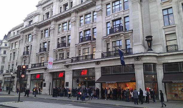 H&M e nuova insegna P Eleven