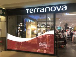 esempio_vetrina_CocaCola-Terranova