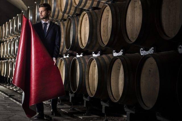 wineleather