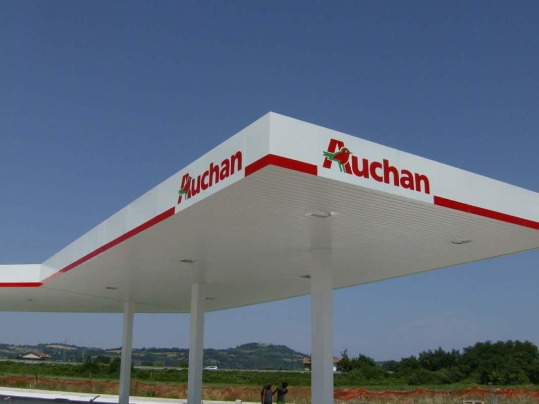 Lombardia regione e auchan firmano per i carburanti eco for Email auchan