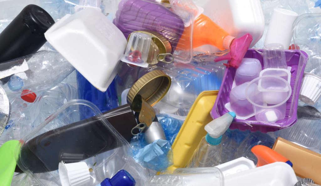 Produrre senza plastica è possibile, curando il processo produttivo per intero